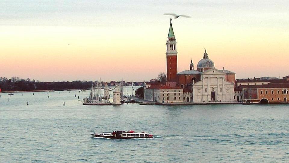 Venezia scrive ai suoi turisti durante il Covid19